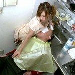 出張美容師を呼べば今時の女の子と自宅で2人きり!