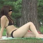 襲激撮 水着剥ぎ取り奪取 〜真夏の浜辺で丸出し娘!〜