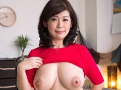 息子を誘惑するどすけべ美人母 松島香織 45歳