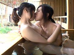湯情・おんな二人旅全集【二】 初めての同性愛