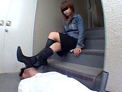 アイドル級にカワイイ専門学生は男をいじめる小悪魔