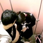 オチン○ンを見たがる女子が出没する放課後の公衆便所
